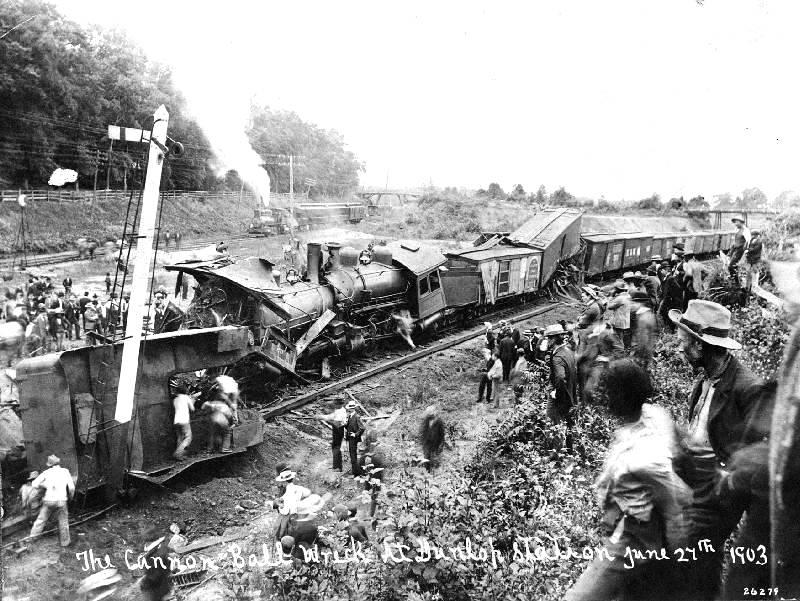 1903-cannonball-express-wreck.jpg