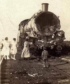 wreck_old_train.jpg