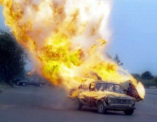burning-stunt-car-2.jpg