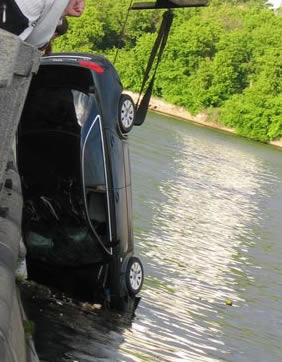 car_in_river_3.jpg