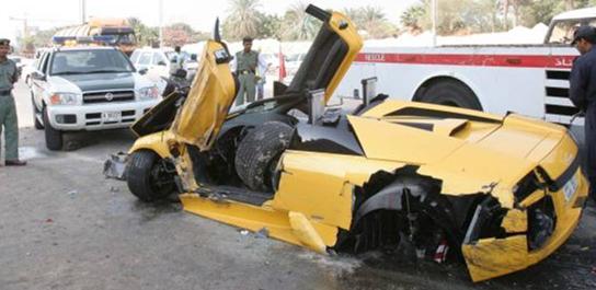 Lamborghini Crash-lamborghini_pic